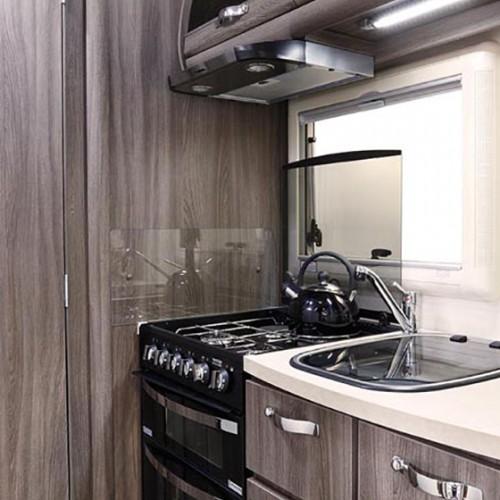 Nuevo ES Kitchen Area Image