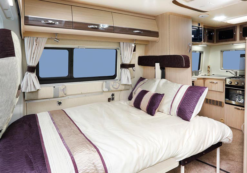 Stanway Front Double Bed Image