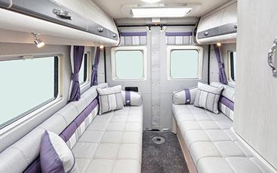 Warwick Duo Lounge Image