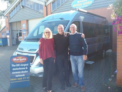 Mr & Mrs Oakley Purchase Kingham