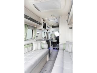 Warwick XL Rear Lounge