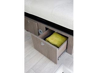 Randger R499 lower storage