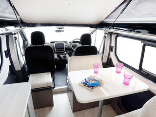 Randger R535 Front seating