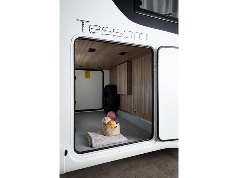 View the BENIMAR TESSORO 463