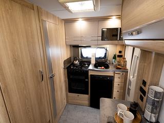 Majestic 115 Kitchen