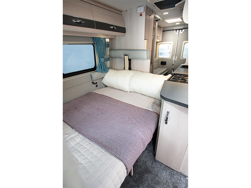 View the AUTO-SLEEPERS FAIRFORD PLUS