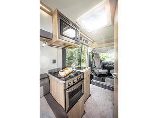 V Line 610SE Kitchen
