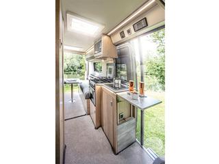V Line 610SE Extended Worktop Kitchen