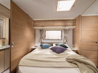 Adora Isonza Island Bed