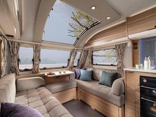 Adora Isonza Front Lounge