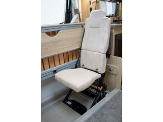 Majestic 155 Travel Seats