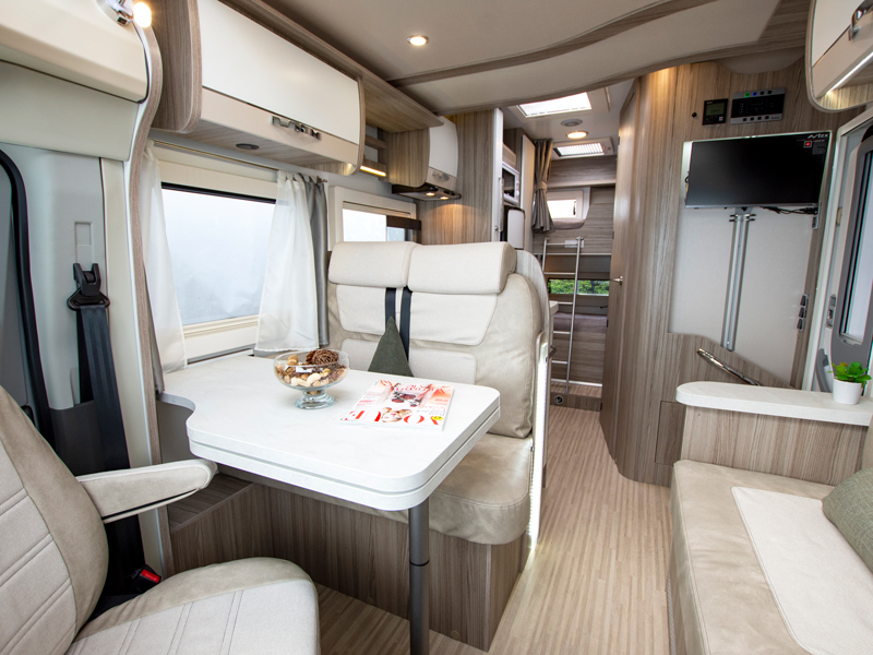 View the BENIMAR TESSORO 413