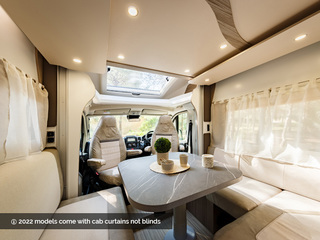 Mileo 202 Front Lounge