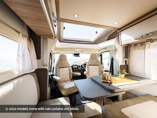Mileo 243 Front Lounge
