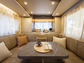 Mileo 282 Rear Lounge