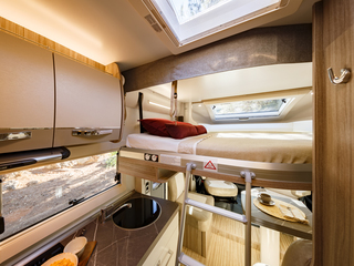 Mileo 282 Front Drop Down Bed