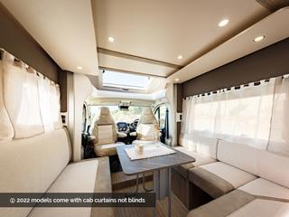 Mileo 286 Front Lounge