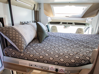 Tessoro 481 Drop Down Bed