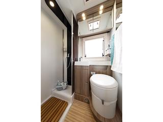 Tessoro 482 Bathroom