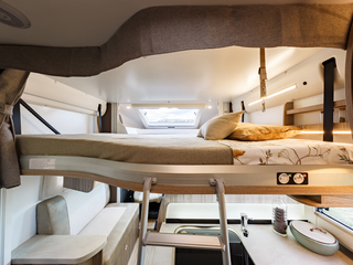 Tessoro 482 Front Drop Down Bed