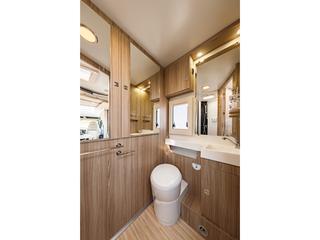 Tessoro 483 Washroom