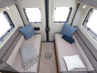 V-Line 540SE Rear lounge