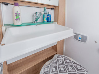 V-Line 540SE Washroom sink