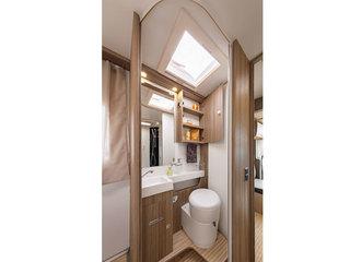 Tessoro 494 Washroom