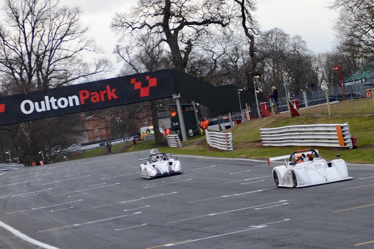 Pinkerton Doubles Up in Radical SR1 Cup Opener at Oulton Park
