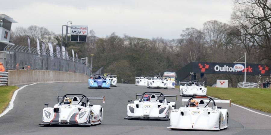 Oulton park race 1 start