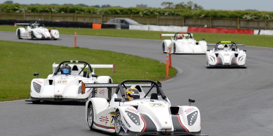 Sr1 snetterton harperellam leads race 2