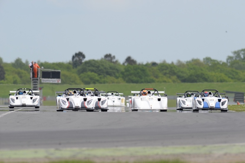 Sr1 snetterton race 1 start web