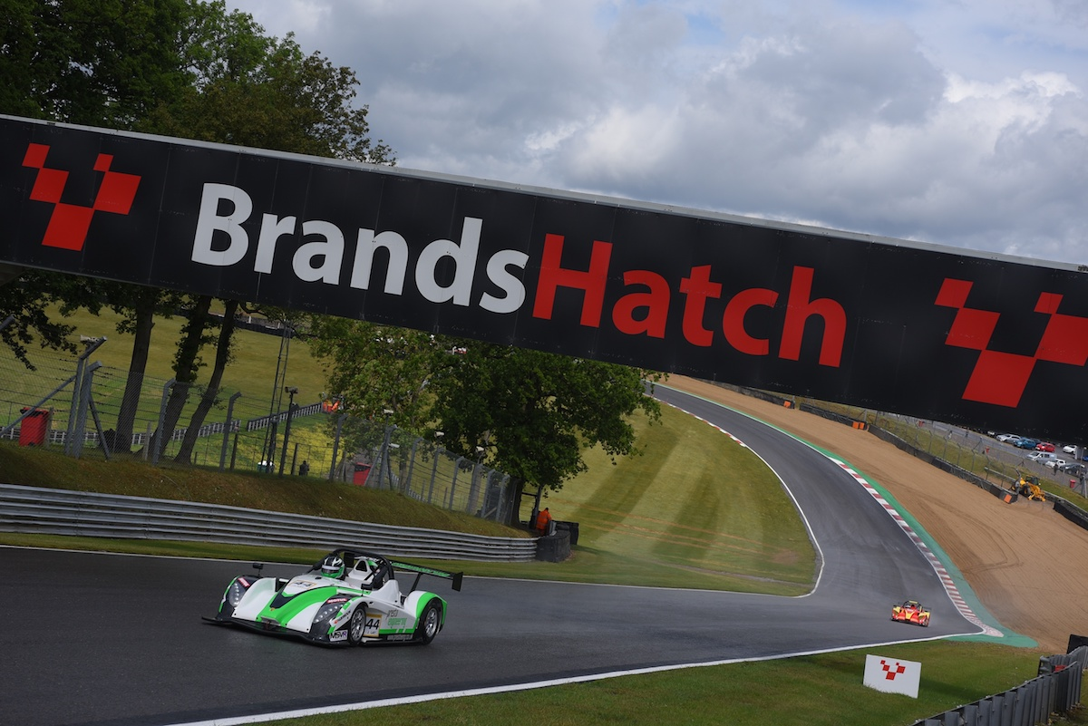 Lay ends Stoney's streak in dramatic SR1 Cup round at Brands Hatch