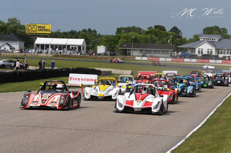 Blue Marble Radical Cup wows IndyCar crowd with 37 car grid at Road America