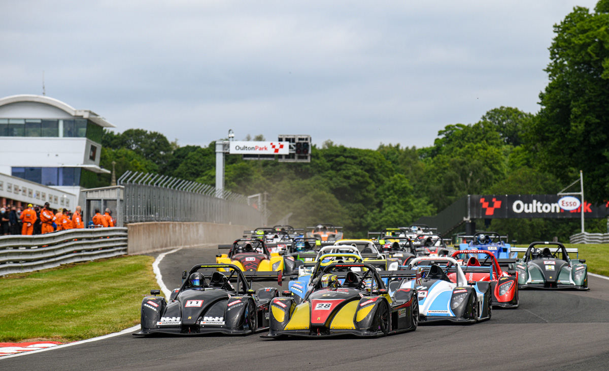 UK: Goodman and McFadden take debut victories and Clark Shines in Masters Class at Summer Cup