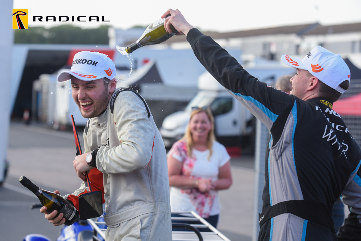 UK: Bell extends Challenge lead, Lay takes 2021 SR1 Cup title