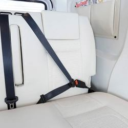 R499 Rear seat belt attached